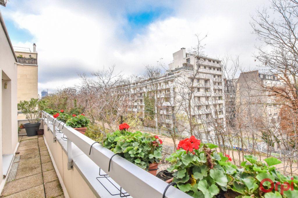 Appartement à vendre 5 127.72m2 à Paris 12 vignette-4