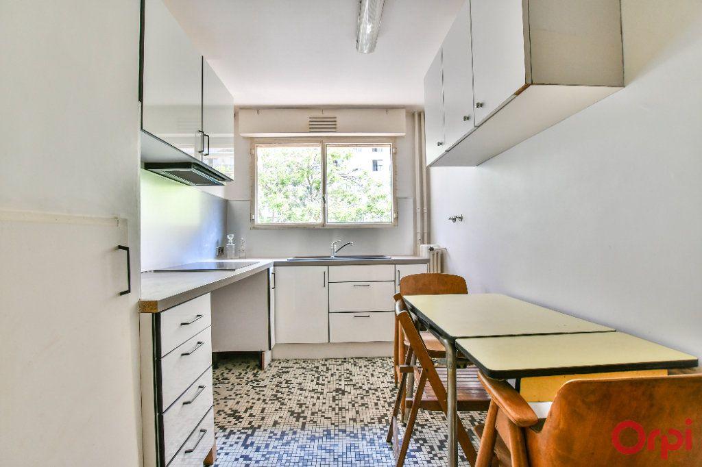 Appartement à vendre 4 84m2 à Paris 12 vignette-4
