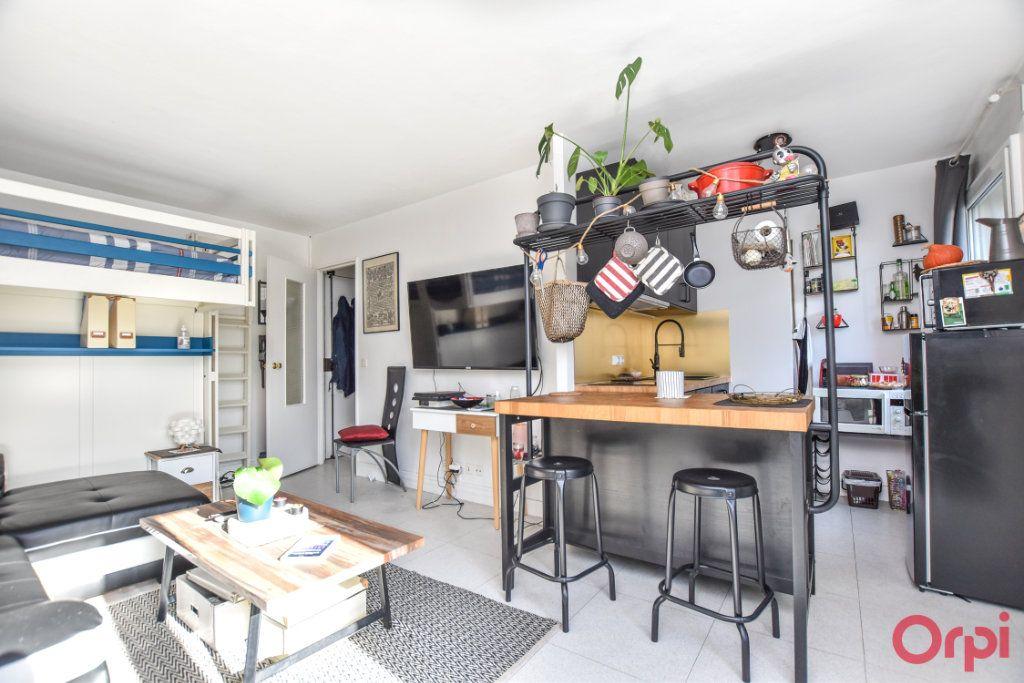 Appartement à vendre 1 26.62m2 à Paris 19 vignette-3