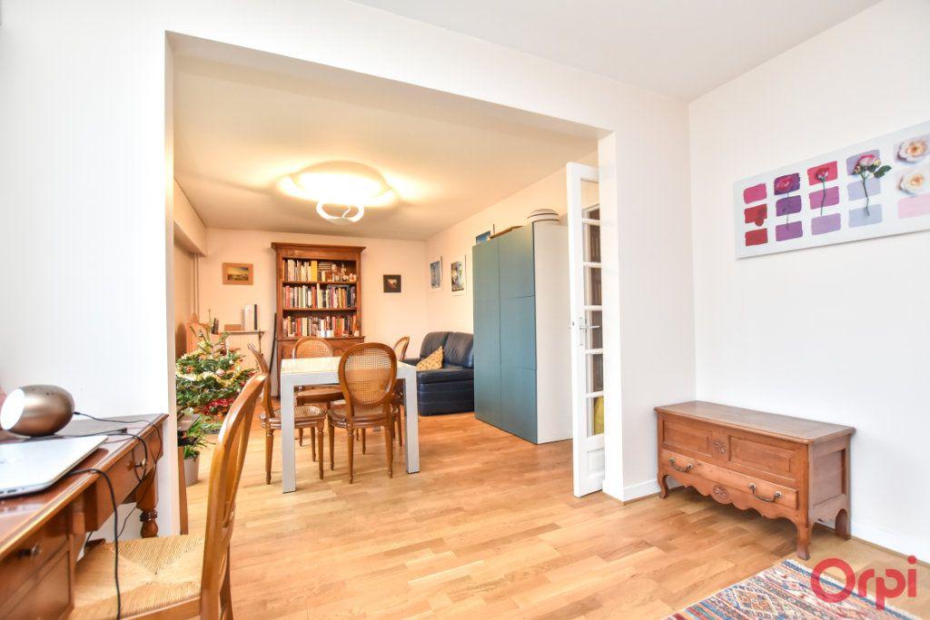 Appartement à vendre 3 55.51m2 à Paris 12 vignette-1