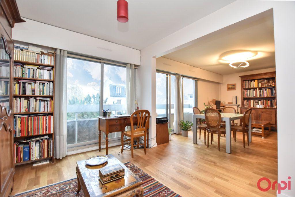 Appartement à vendre 3 55.51m2 à Paris 12 vignette-3