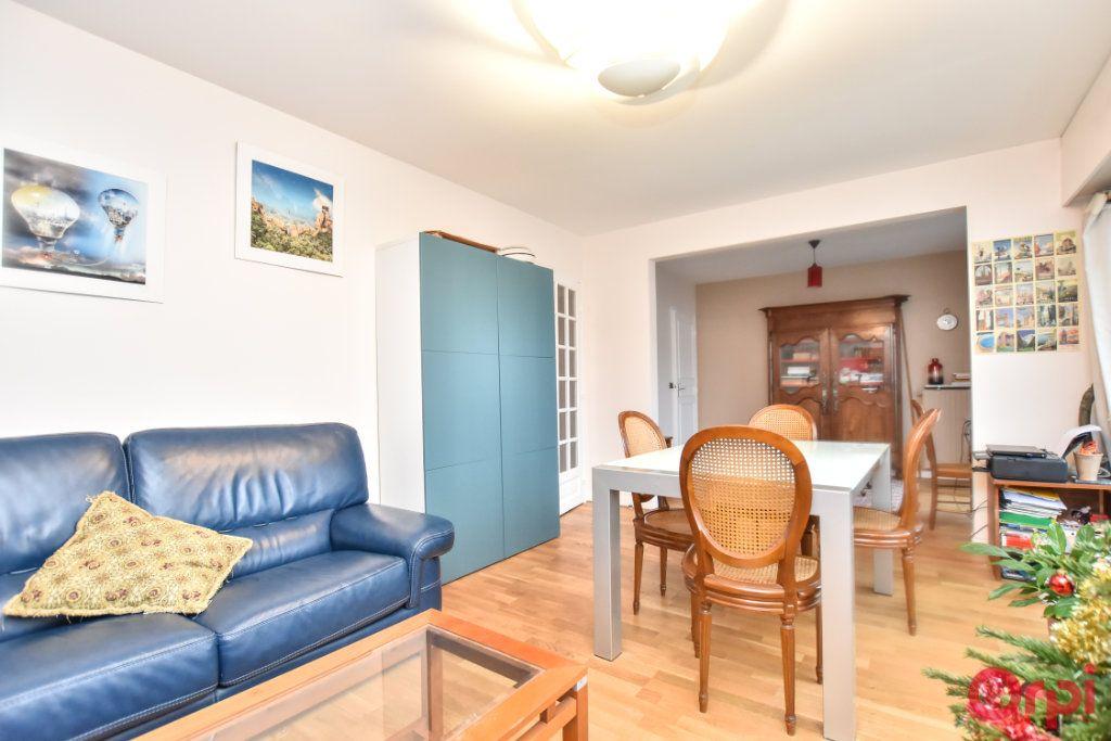 Appartement à vendre 3 55.51m2 à Paris 12 vignette-4