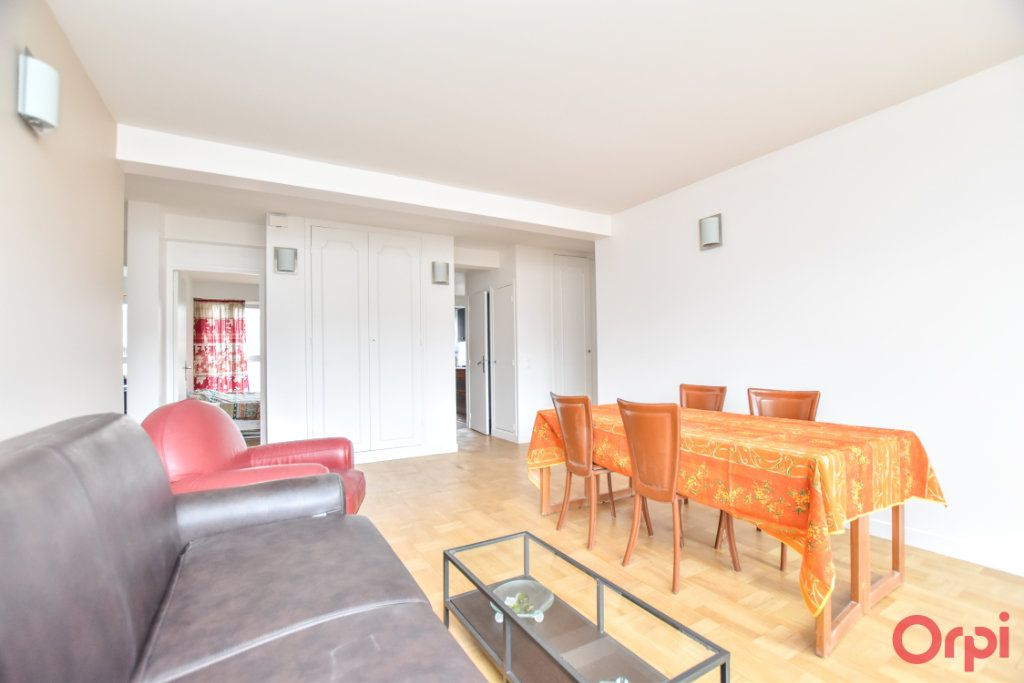 Appartement à vendre 4 79m2 à Paris 12 vignette-2