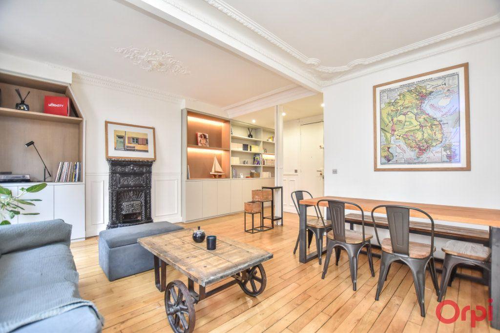 Appartement à vendre 3 62.6m2 à Paris 12 vignette-1
