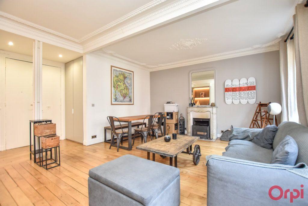 Appartement à vendre 3 62.6m2 à Paris 12 vignette-3