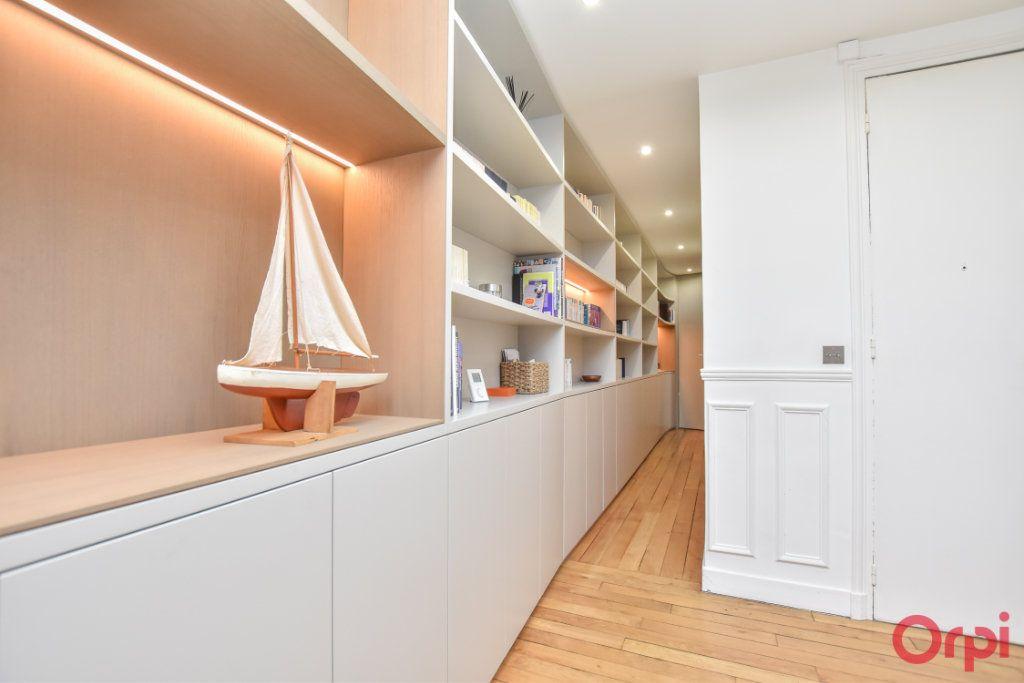 Appartement à vendre 3 62.6m2 à Paris 12 vignette-7