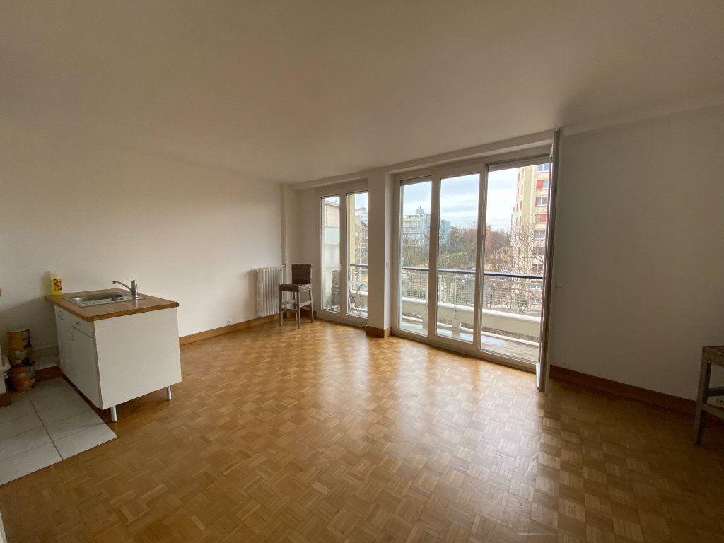 Appartement à louer 1 32.22m2 à Paris 12 vignette-1