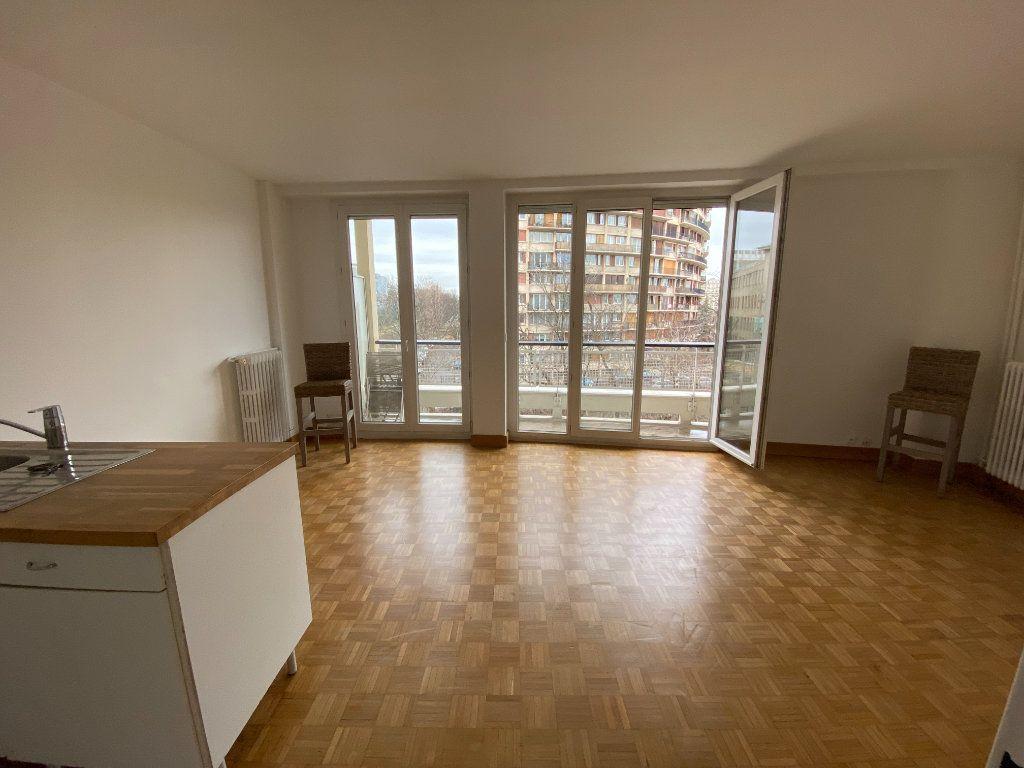 Appartement à louer 1 32.22m2 à Paris 12 vignette-2