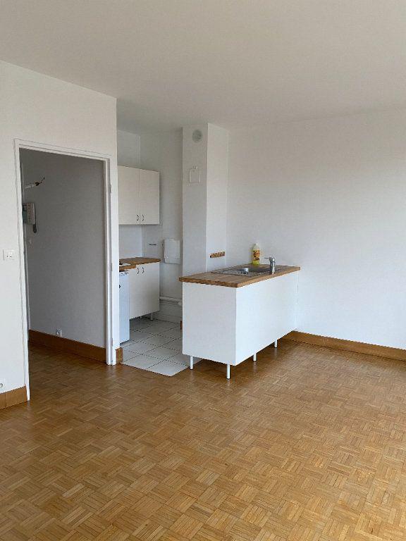 Appartement à louer 1 32.22m2 à Paris 12 vignette-5