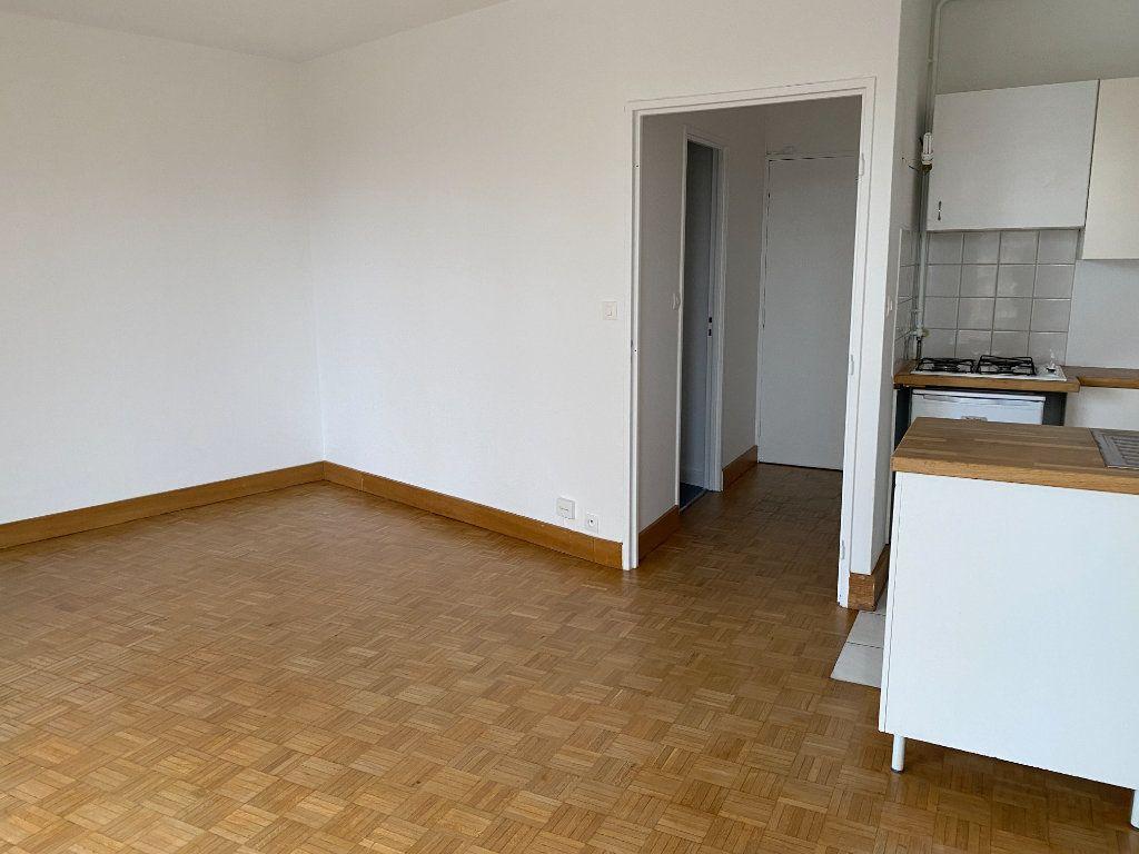 Appartement à louer 1 32.22m2 à Paris 12 vignette-6