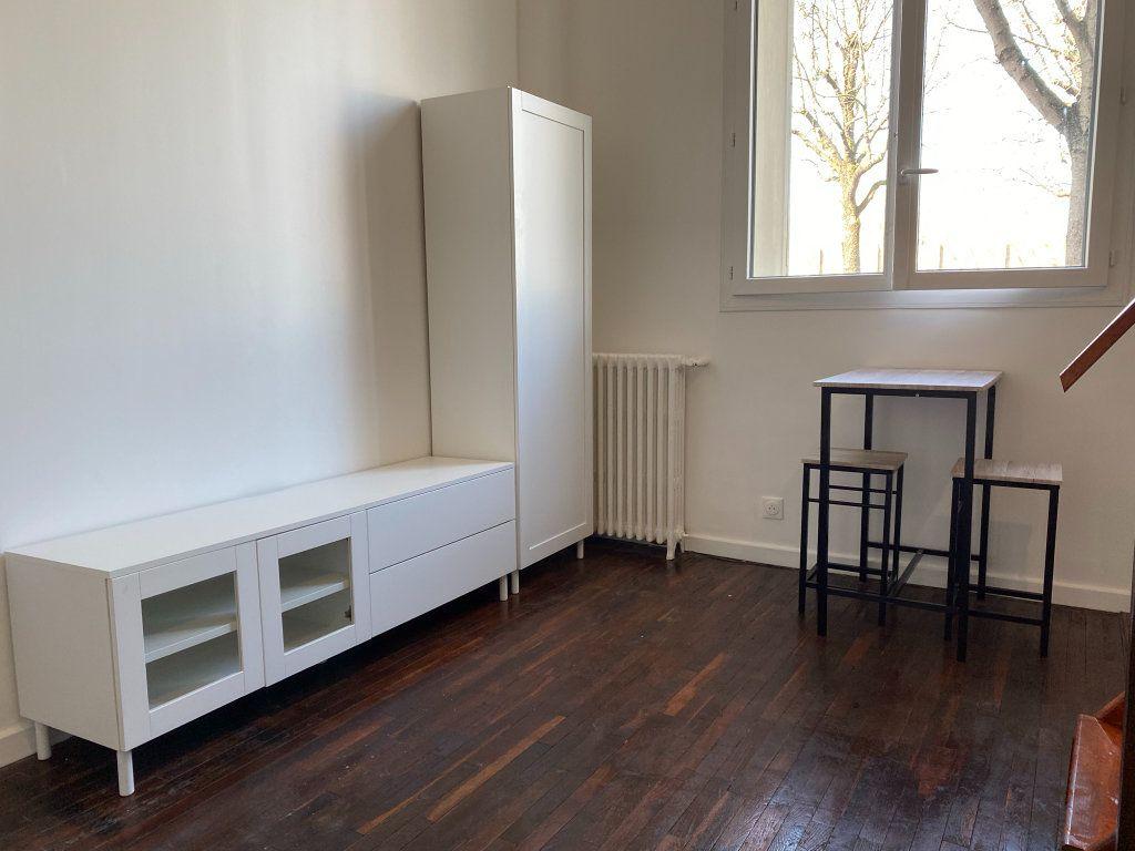 Appartement à louer 1 18.3m2 à Saint-Mandé vignette-6