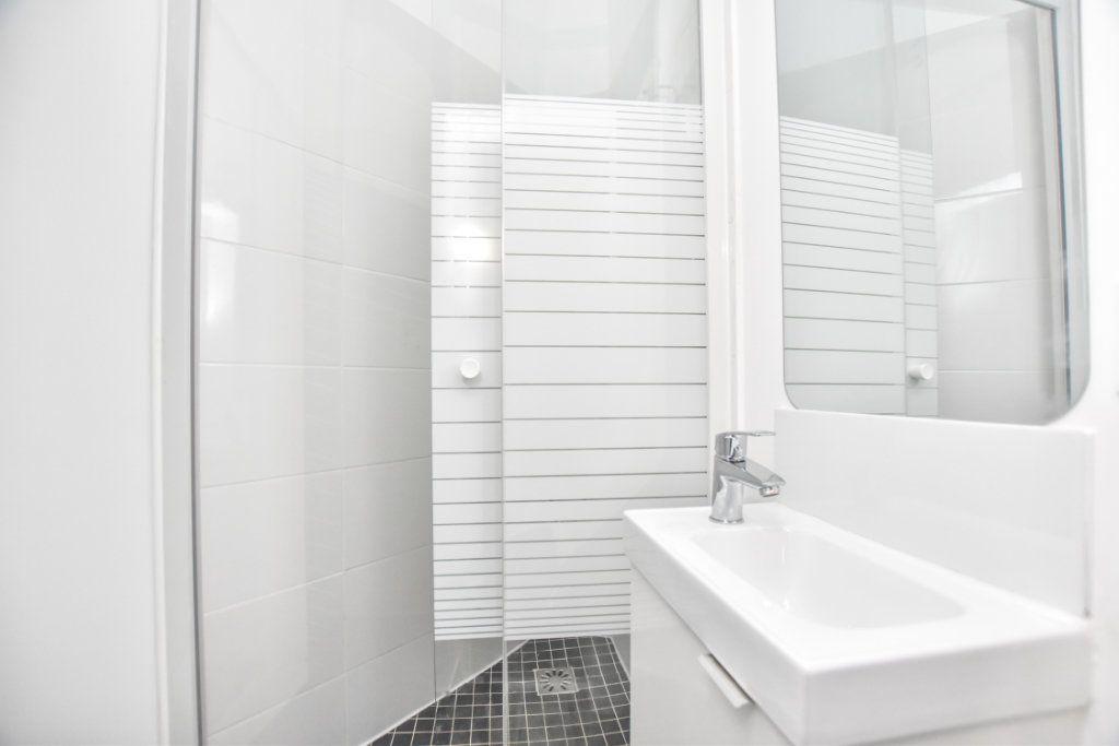 Appartement à louer 1 18.3m2 à Saint-Mandé vignette-10