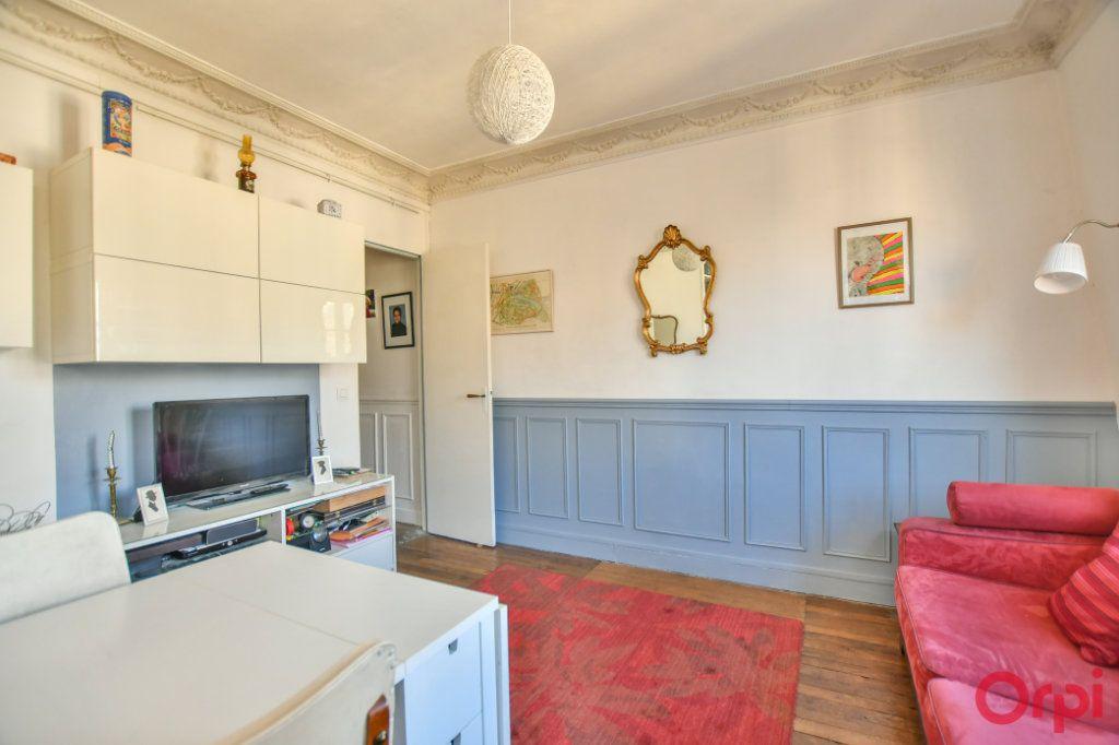 Appartement à vendre 3 49.32m2 à Paris 12 vignette-3