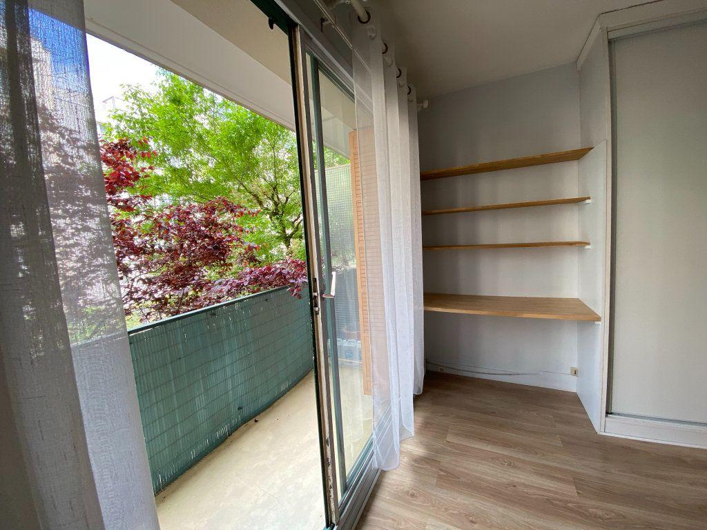 Appartement à louer 1 34m2 à Paris 12 vignette-3