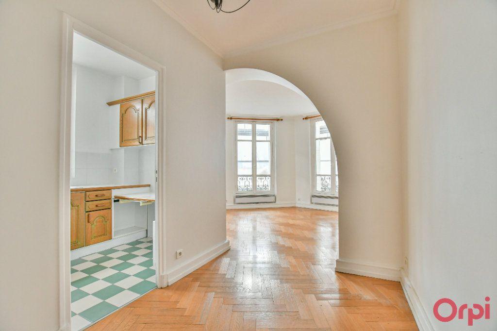 Appartement à vendre 3 66.16m2 à Paris 12 vignette-1
