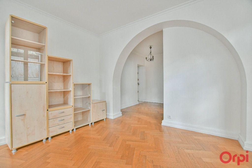 Appartement à vendre 3 66.16m2 à Paris 12 vignette-3