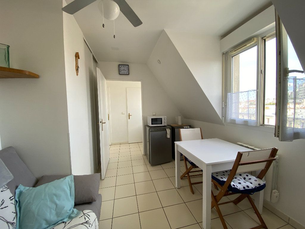 Appartement à louer 2 24m2 à Paris 12 vignette-4