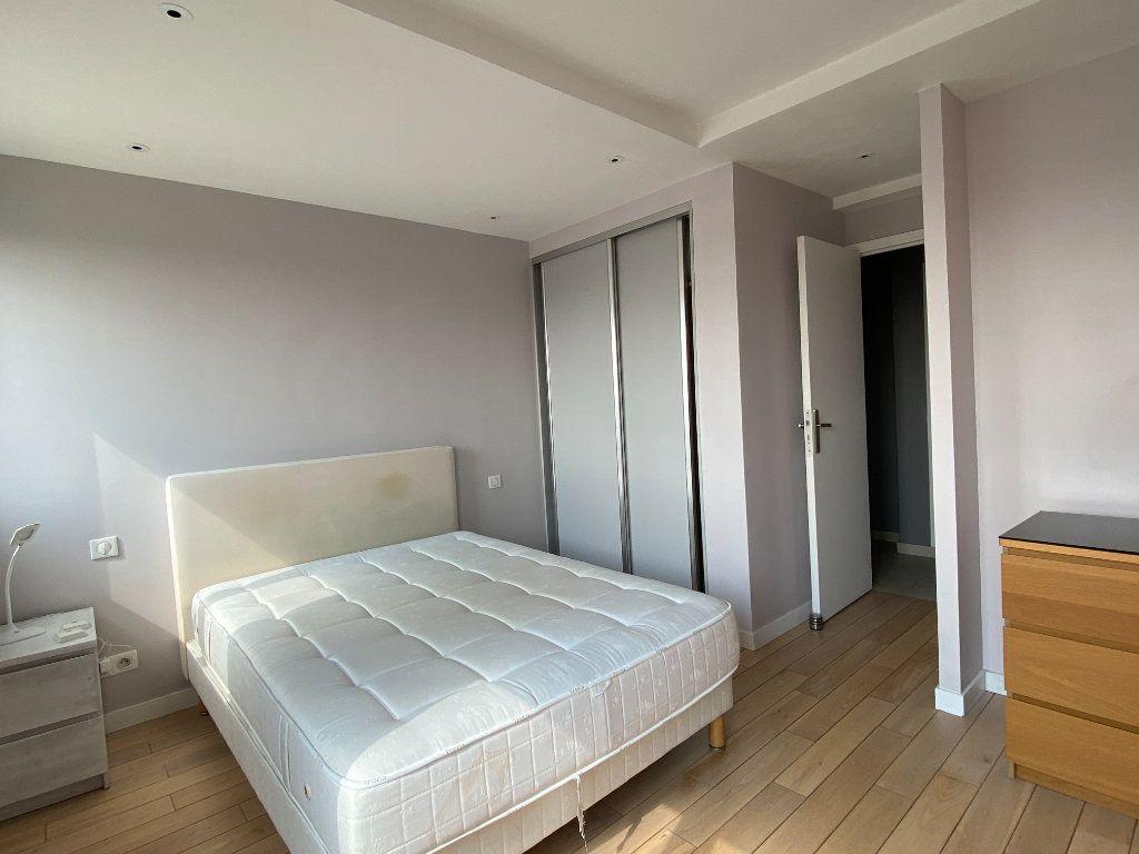 Appartement à louer 2 56m2 à Paris 12 vignette-4