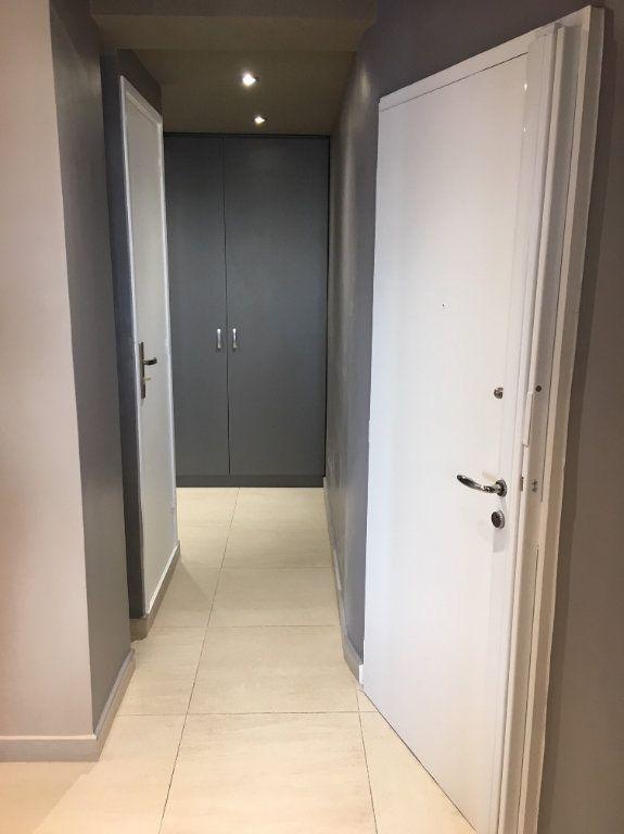 Appartement à louer 2 56m2 à Paris 12 vignette-9