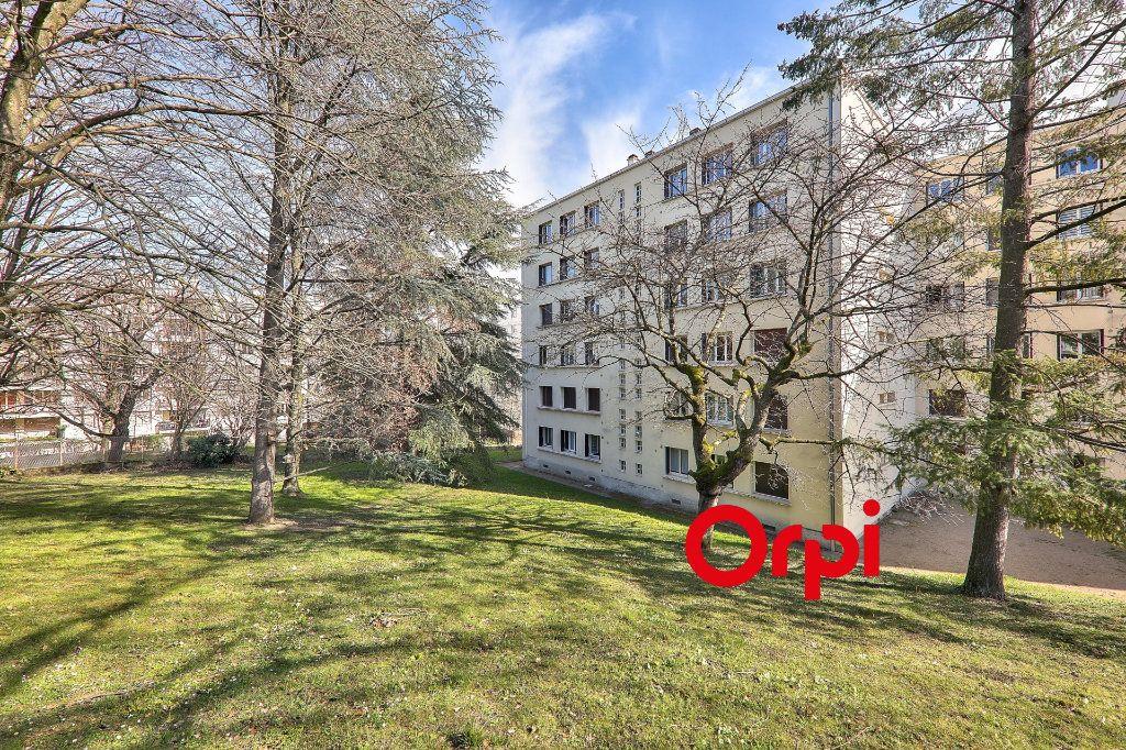 Appartement à vendre 4 93.16m2 à Bron vignette-1