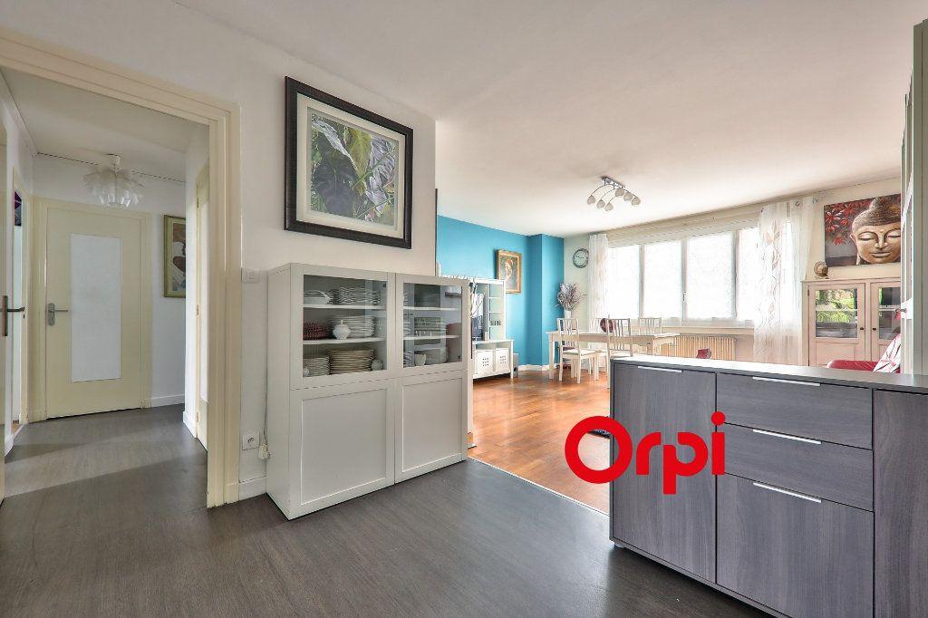 Appartement à vendre 4 93.16m2 à Bron vignette-2
