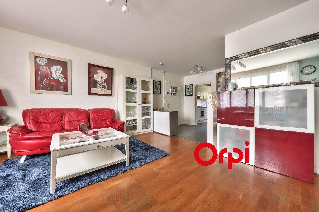 Appartement à vendre 4 93.16m2 à Bron vignette-4