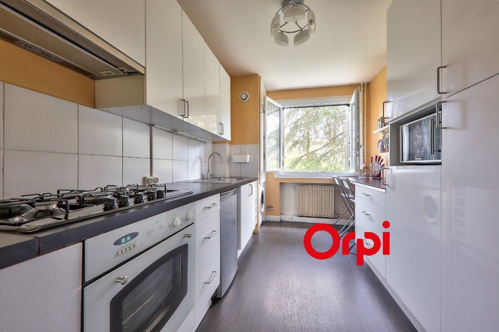 Appartement à vendre 4 93.16m2 à Bron vignette-6