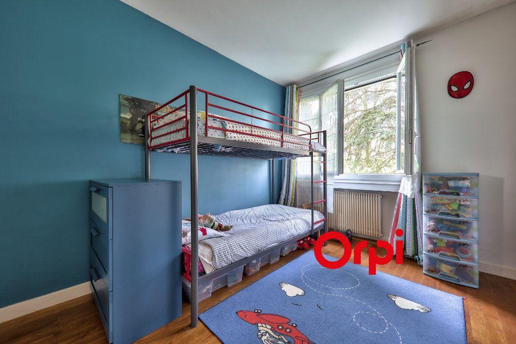 Appartement à vendre 4 93.16m2 à Bron vignette-13