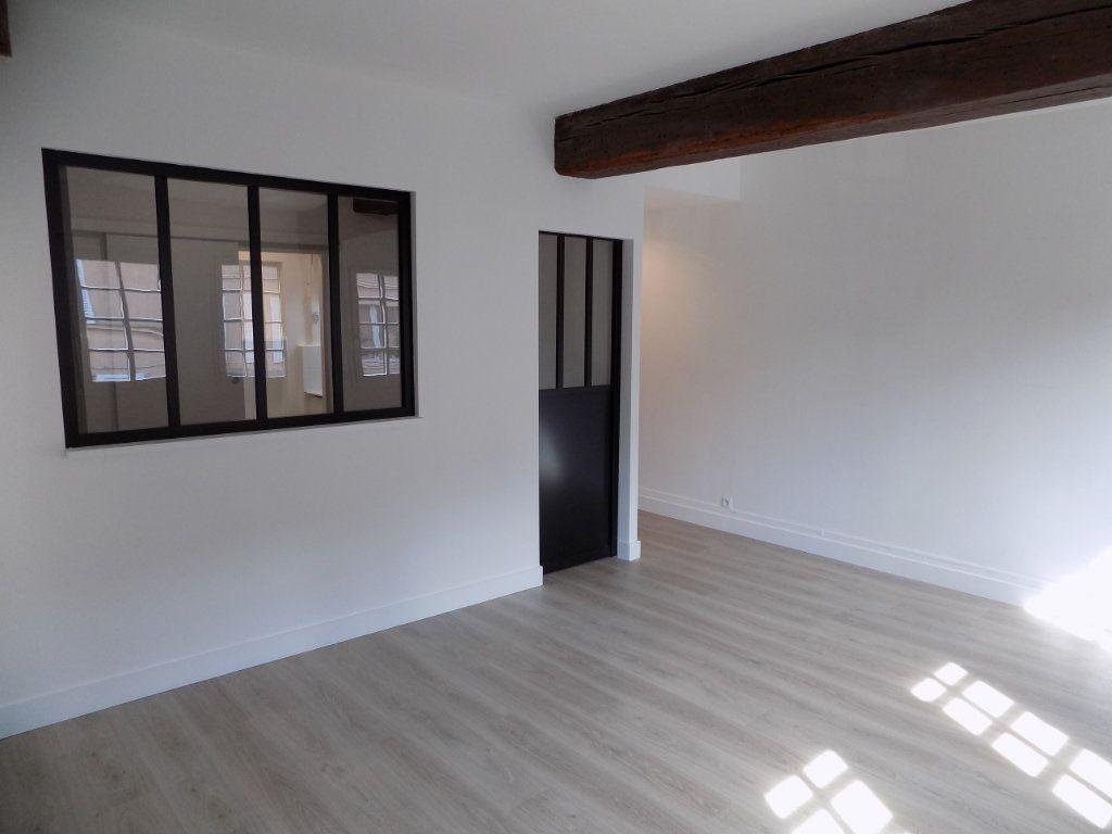 Appartement à louer 2 37.58m2 à Houdan vignette-2