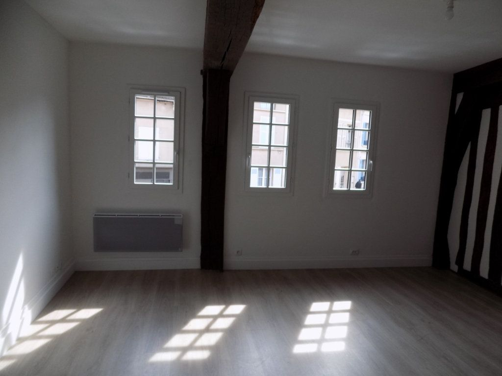 Appartement à louer 2 37.58m2 à Houdan vignette-3