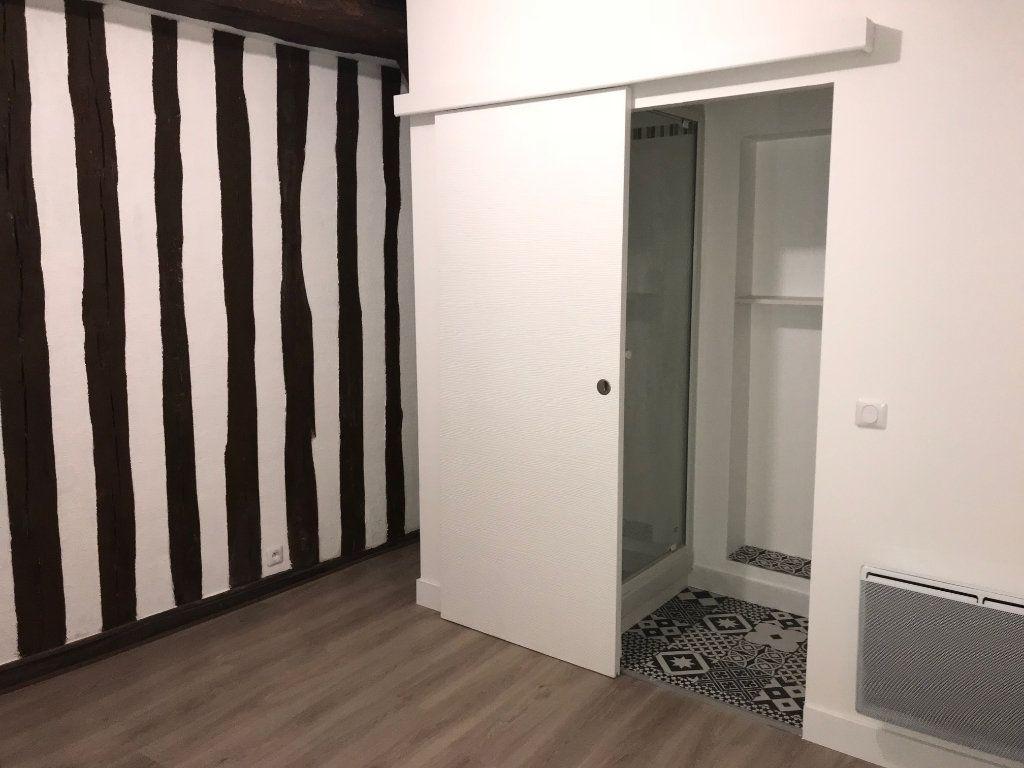 Appartement à louer 2 37.58m2 à Houdan vignette-6
