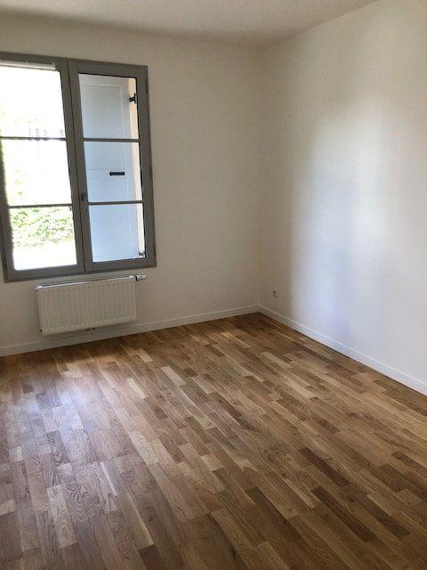 Appartement à louer 3 71.19m2 à Anet vignette-4