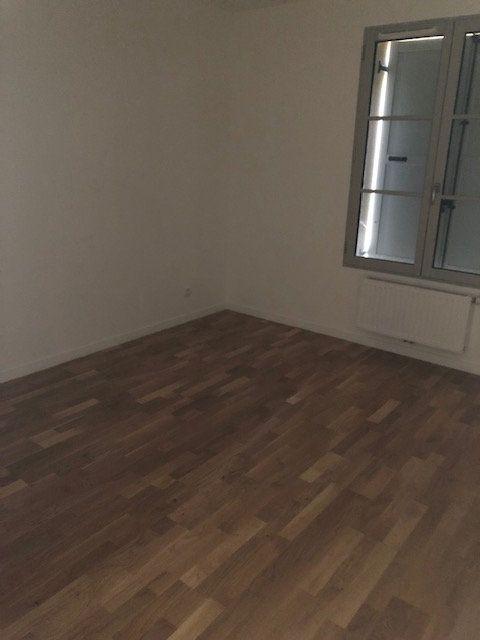 Appartement à louer 3 71.19m2 à Anet vignette-5