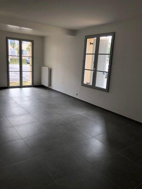 Appartement à louer 3 71.19m2 à Anet vignette-6