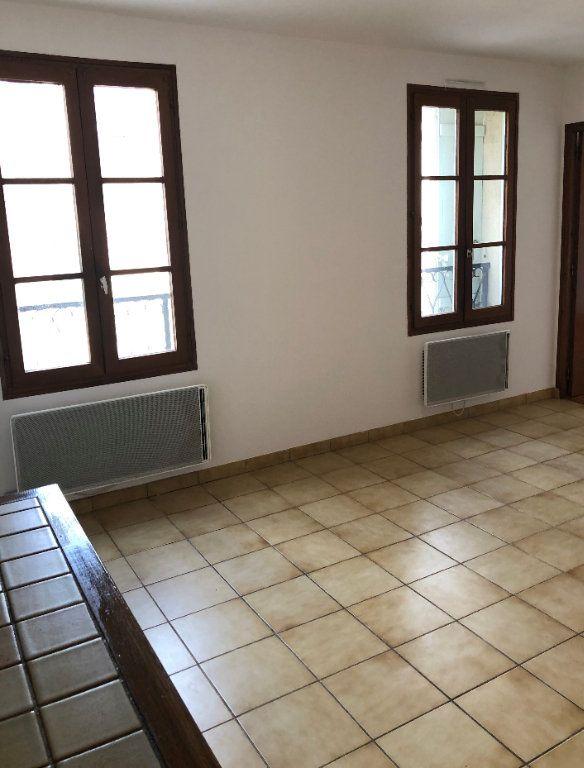 Appartement à louer 2 40m2 à Houdan vignette-1