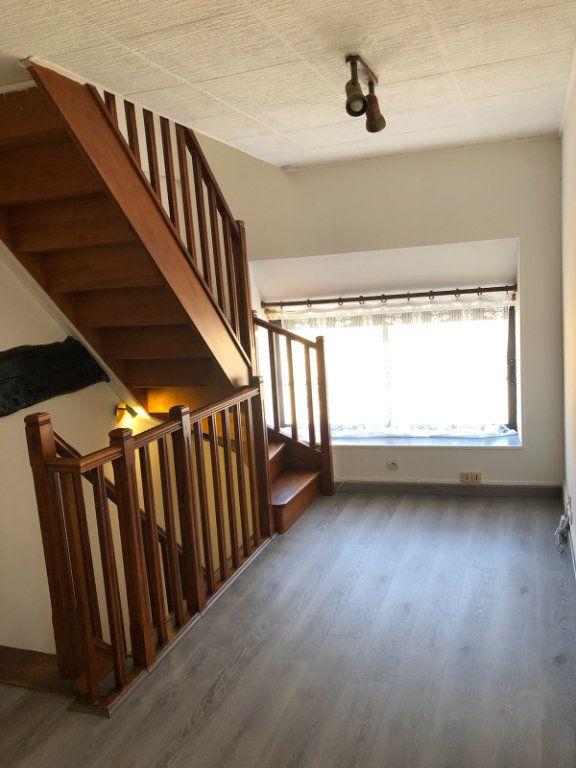 Maison à louer 4 43.33m2 à Houdan vignette-3