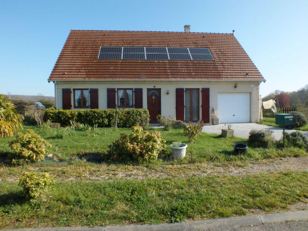 Maison à vendre 4 83.29m2 à Marcilly-sur-Eure vignette-1