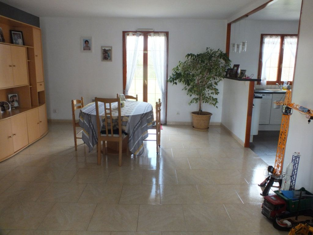 Maison à vendre 4 83.29m2 à Marcilly-sur-Eure vignette-3