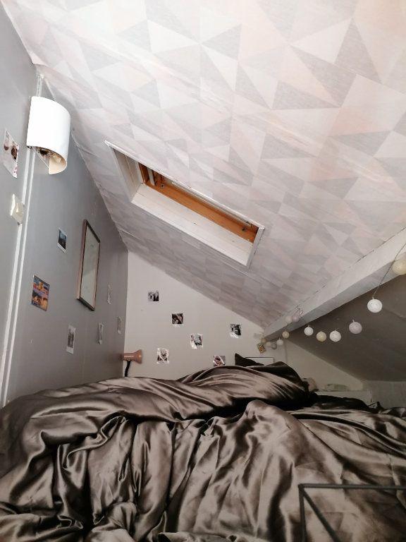 Appartement à louer 1 23m2 à Bazainville vignette-3