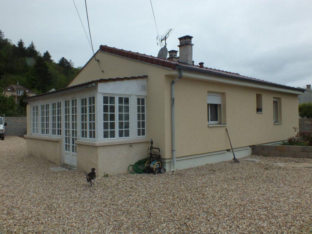 Maison à vendre 3 65m2 à Ivry-la-Bataille vignette-1