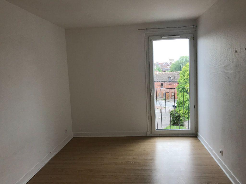 Appartement à vendre 4 75m2 à Houdan vignette-5
