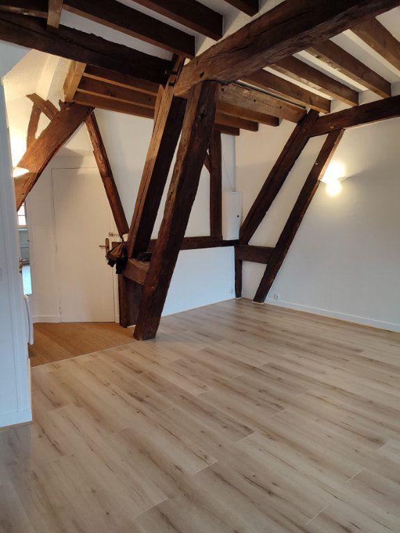 Appartement à louer 2 43m2 à Houdan vignette-1