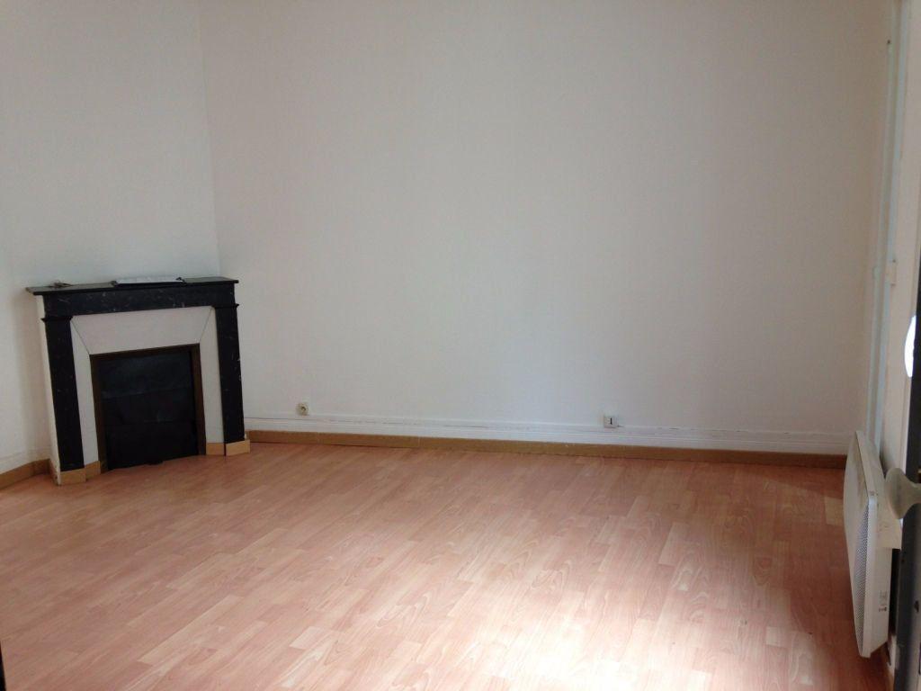Appartement à louer 2 44.3m2 à Meaux vignette-1