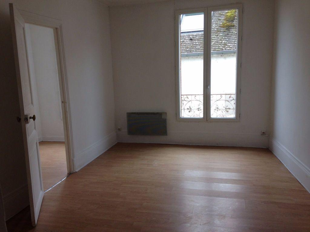 Appartement à louer 2 44.3m2 à Meaux vignette-3
