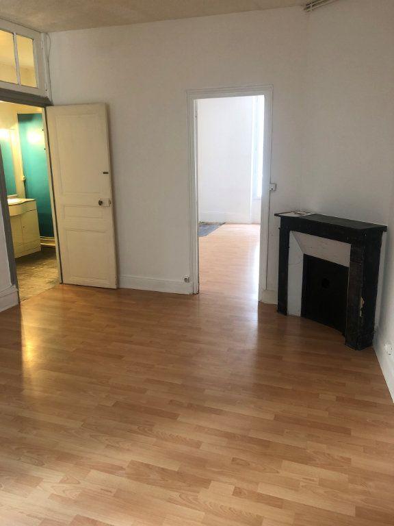 Appartement à louer 2 50.92m2 à Meaux vignette-1