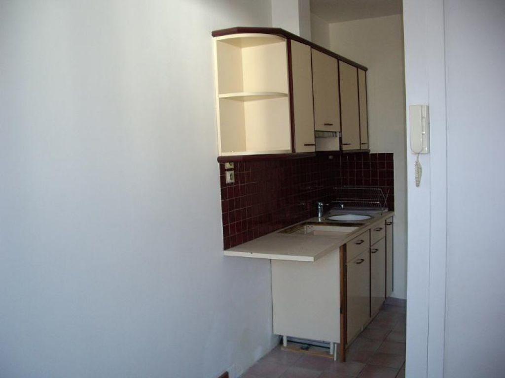 Appartement à louer 3 43.9m2 à Meaux vignette-2