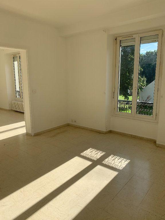 Maison à louer 6 174m2 à Étrépilly vignette-5