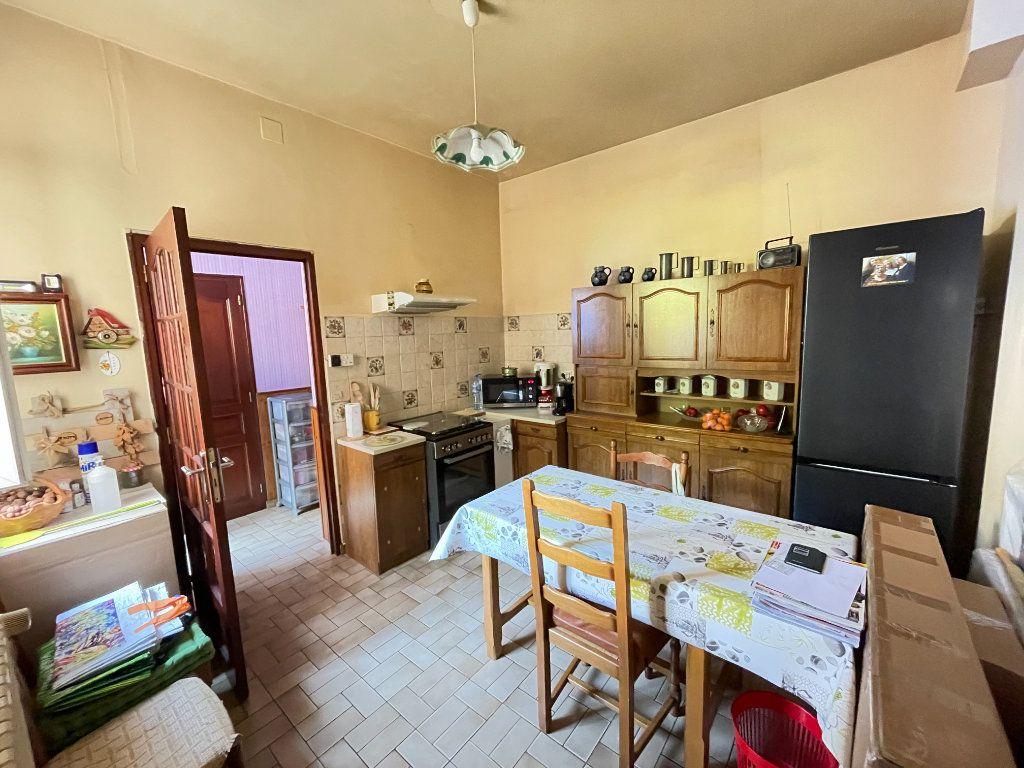 Maison à vendre 6 132m2 à Lizy-sur-Ourcq vignette-4