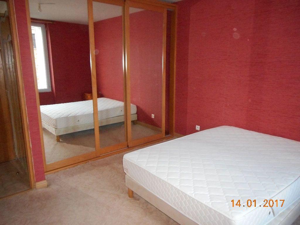 Appartement à louer 2 47.08m2 à La Ferté-sous-Jouarre vignette-4