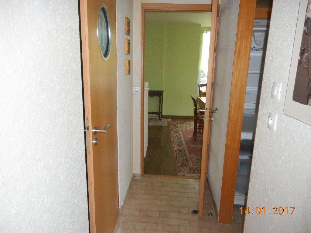 Appartement à louer 2 47.08m2 à La Ferté-sous-Jouarre vignette-5
